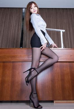 超漂亮美女丝袜美腿性感写真图集