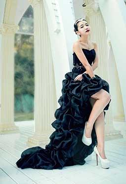 台湾气质美女许庆琳艺术写真照片